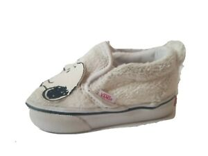 Vans Classic Peanuts Snoopy White Faux Fur Toddler Sneakers Size 4.5