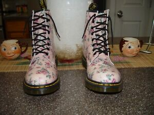DR MARTENS 1460 FLORAL PINK VINTAGE ROSE  BOOTS, WOMENS SIZE 10 NEW WITHOUT BOX!