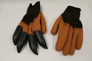1 Pair Of Gardening Gloves With Claws - Mustard