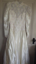 Ball Gown Wedding Gown Princess Gown Off White Lace Beading Long Sleeve sz 10