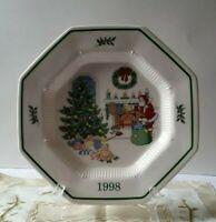 Nikko Christmastime 1998 Chestnuts Roasting Collector's Plate - Japan