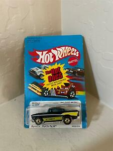 Hot Wheels Mattel The Hot Ones '57 Chevy No. 9638 CL21