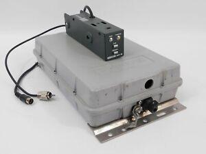 Icom AH-2 Ham Radio Automatic Antenna Tuner + Controller (works well)