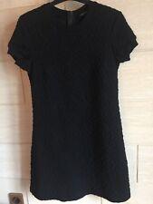 Très belle robe chaude Hiver Zara taille S 36 noire motif broderies baroques