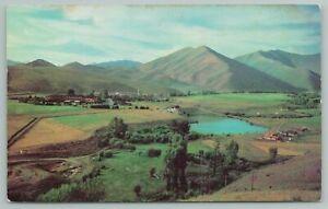 Sun Valley Idaho~Internationally American Round Spot~Vintage Postcard