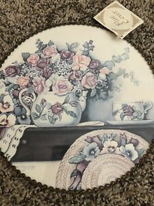 Gallery Graphics Flowers Teapot Shelf Flue Cover