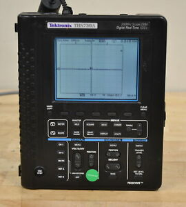 Tektronix THS730A 200MHz, 2-Ch, Handheld Battery Operated Scope/DMM GOOD