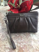 COACH Pleated Brown Leather Medium Clutch Wristlet F43431 EUC! MSRP $78