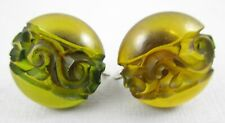 CHARMING VINTAGE 1930'S TRANSLUCENT GREEN CARVED BAKELITE SCREWBACK EARRINGS