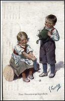 Künstlerkarte ~1920 Eine Herzensangelegenhei Kleiner Junge mit Mädchen Kinder