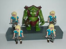 PLAYMOBIL - 4 LADY WARRIORS AND 1 TROLL WITH ACCESSORIES