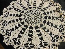 n°48- grand napperon vintage crochet épais aéré centre de table diamètre 45 cm