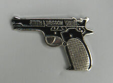 SMITH & WESSON BLACK PISTOL GUN NOVELTY LAPEL PIN BADGE 1 INCH