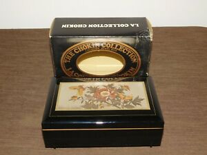 VINTAGE CHOKIN COLLECTION LACQUER JEWEL BUTTERFLY FLOWERS MUSICAL JEWELRY BOX