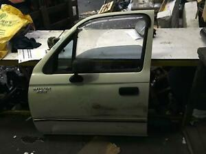 Toyota Hilux Left Front 1/4 Glass LN167 09/1997-10/2001