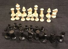 PARTS 31 Drueke 23  Ivory Black Weighted Felted Plastic octagonal chess pieces