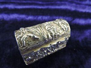 BEAUTIFUL HM Silver Chest Shaped Snuff/Pill/Trinket Box Village Scene 1915