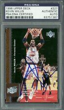 Rockets Kevin Willis Authentic Signed Card 1996 Upper Deck #227 PSA/DNA Slabbed
