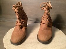 Free People WOMENS Boots Ankle SIZE 36 tan EMBOSSED BRAIDED CHUNKY HEEL BOOTS