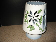 A Vintage Christmas Ceramic Candle Holder Poinsettia, Candle & Holly Leaves Guc