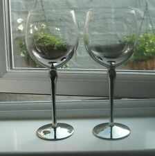 2 very large wine glasses with silver coloured coated stem 500 ml