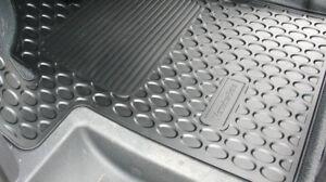 Mercedes Benz Original all Weather Rubber Floor Mats W 639 Viano/Vito LHD Nip