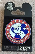 Walt Disney Studios Independence Day 2006 Mickey Salute Circle Stars Pin LE 500