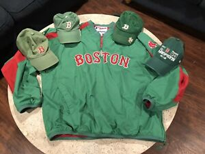 Large 12//14 Majestic Boston Red Sox Womens Green V-Neck T-Shirt