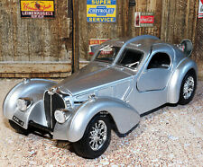 Bugatti Atlantic 1:24 Scale Die-cast Metal Model Toy Car Bburago Ages 3+