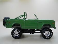 GREENLIGHT - LIFTED 1971 FORD BRONCO (RUBBER TIRES) - 1/64 DIECAST (LOOSE)