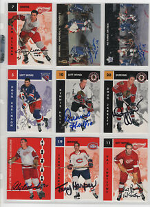 ALEX DELVECCHIO  SIGNED 1995 PARKHURST 1966-67 REPRINT CARD #127 RED WINGS