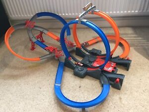Hot Wheels Mega Loop Mayhem Track Set With Battery Power Launcher Unboxed NM