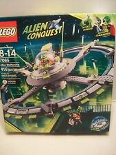 Lego #7065 Alien Conquest Alien Mothership Retired Rare & Hard To Find NIB 2011!