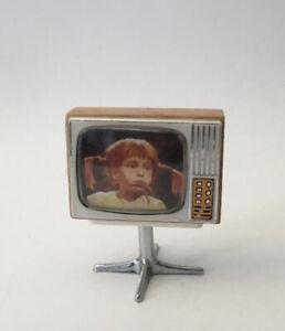 Vintage Lundby Dolls House Television