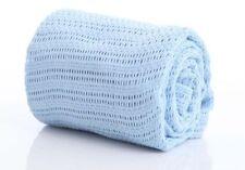 Berceaux bleus pour bébés et puériculture