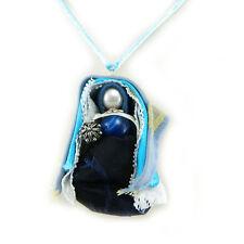 Collana donna SA MERI pendente bambolina in costume sardo e bottone portafortuna