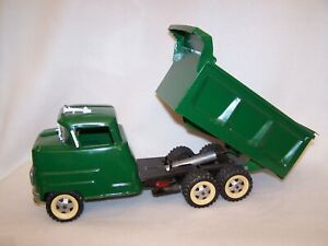 Rare Vintage 1950's Structo Hydraulic Tandem Dump Truck (Complete)