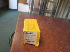 """Hubbell Twist-lock plug 2621 30A 250V 2p 3w """"Lot of 2"""" New Surplus"""