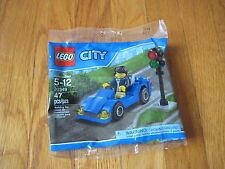 NEW Lego City Blue SPORTS CAR & minifig traffic light race black polybag 30349
