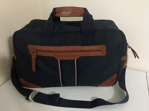 New With Tags Tommy Hilfiger new Classic Weekender Heavy Duty Travel Bag-navy