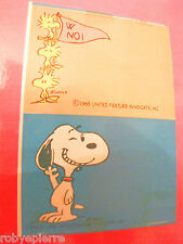 Adesivo 2 stickers vintage SNOOPY WOODSTOCK SCHULTZ CHARLES united feature linus