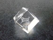 Laser 3 D Kristall Glasblock Glaswürfel mit Innengravur Sternzeichen Stier 4 cm