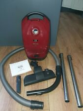 Miele  S2111 Vacuum Cleaner 1600W ( in clean condition)