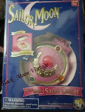 SAILOR MOON LOCKET COMPACT PRISM BANDAI JAPAN 1992