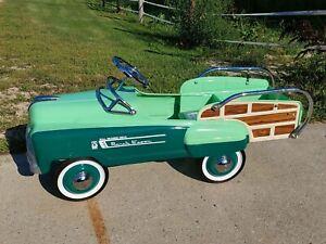 VINTAGE**RARE** 1940s MURRAY SAD FACE RANCH WAGON PEDAL CAR.