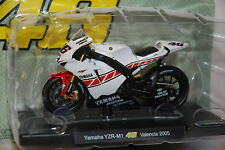ROSSI COLLECTION Yamaha YZR-M1 Valencia 2005 1:18