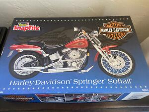 1995 Revell Snaptite Harley Davidson Springer Softail Model Kit 1/8 Scale NEW