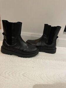 girls Leather zara boots size 2