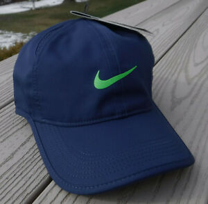 NWT NIKE Dri-Fit Featherlight Adult Adj Tennis/Running Hat-OSFM NAVY/GREEN Logo