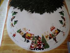 "BUCILLA  FELT Applique TREE SKIRT Kit,A DICKENS CHRISTMAS,Town Square,82834,43"""